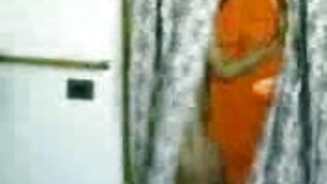 રશિયન લેસ્બિયન્સ ઘૂંટણ સનીલીયોન ના સેકસી બીપી વીડીયો માં પોર્ન