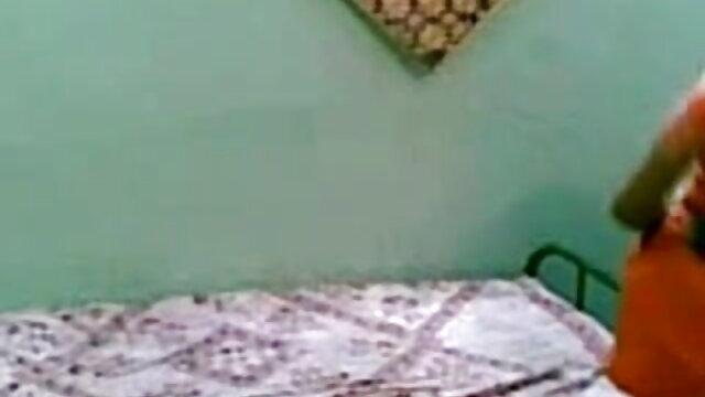 વ્યક્તિ fucks ઊંઘ ગર્લફ્રેન્ડ ફુલ એચડી બીપી વીડીયો