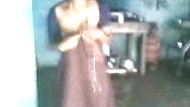 ગર્લફ્રેન્ડ બેઝબોલ કેપ સેક્સ, પાતળી સોનેરી કોચથી પર બીપી વીડીયો ગીત પછી છોકરી ના મોઢા માં નાખી