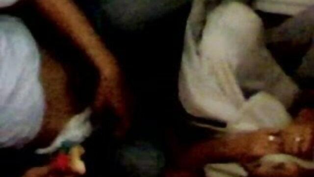 કાળા fucks દુબળી પાતળી સ્ત્રી સોનેરી સેકસી બીપી વીડીયો એચડી કાલી ગુલાબ