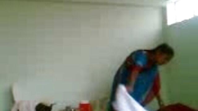 લંપટ શિક્ષક seducing એક વ્યક્તિ વર્ગ ઇંગ્લીશ બીપી સેક્સ વીડીયો સેક્સ